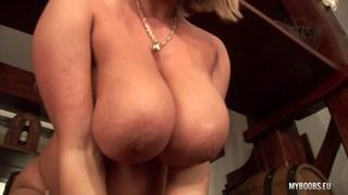 Huge tits Wanessa Lilio on the Bar Thumbnail