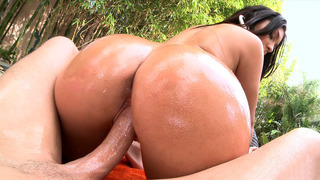 Ava Alvares plants her huge ass on that dick and bounces Thumbnail