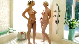 Nikki Benz and Tasha Reign getting wet in the shower