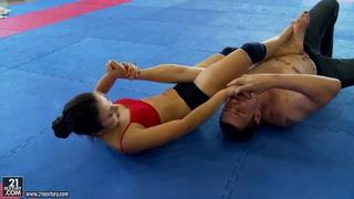 Nude club fighting presents Kerry vs Mira Cuckold. Thumbnail