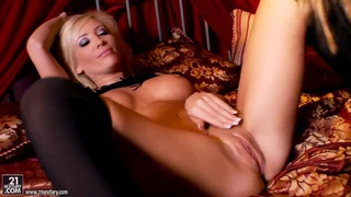Hot babes Tasha Reign and Sandy getting horny and naughty on the bed Thumbnail