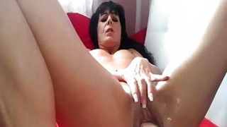 Wild amateur MILF pussy fisting and squirting orga Thumbnail