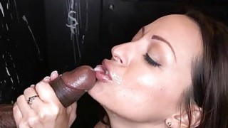 Hottie captivates a lusty wang with sucking